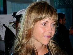Louise Archambault, director,