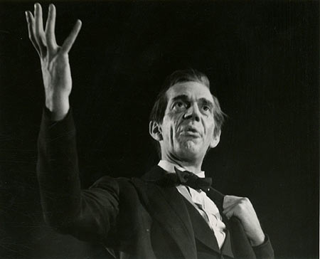 Raymond Massey - Biography - Northernstars.ca