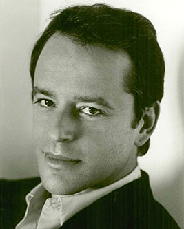 Gil Bellows, actor,