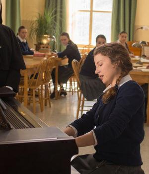 La Passion d'Augustine, movie still