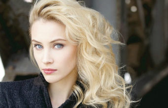 Sarah Gadon, Alias Grace, actress,