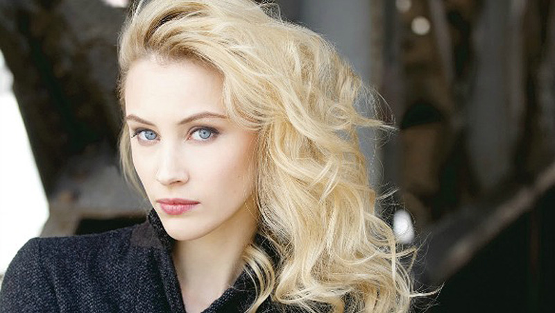 Sarah gadon enemy 2013 Part 5 7