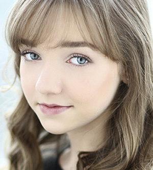 Julia Sarah Stone, actress, actor,