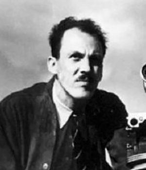 Gordon Sparling, director,