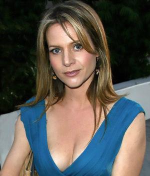 Jessalyn Gilsig, actress,