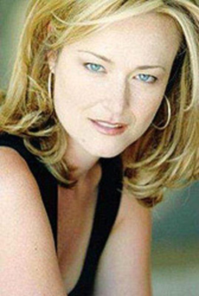 Jennifer Irwin, actress,