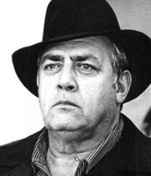 Raymond Burr