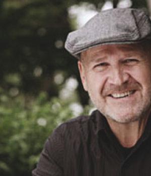 Bill Carr, actor,