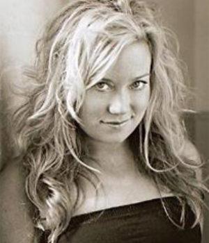 Lita Llewellyn, actress,
