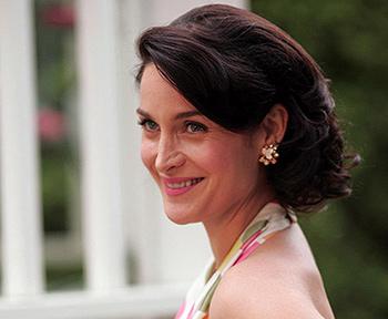 Carrie-Anne Moss in Fido