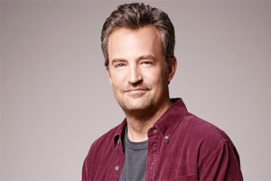 Matthew Perry as Oscar Madison in a publicity still from the ABC series, The Odd Couple.