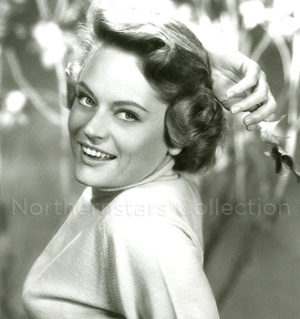 Alexis Smith, phot, Northernstars Collection,