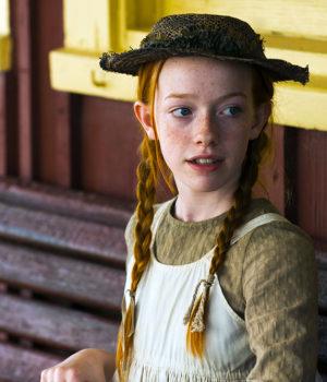 Amybeth McNulty, actress, actor,