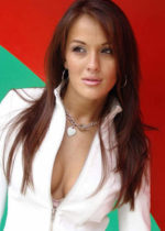 Crystal Lowe, actress,