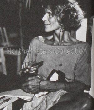 Jackie Burroughs, actress,