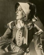 Mary Pickford, actress,