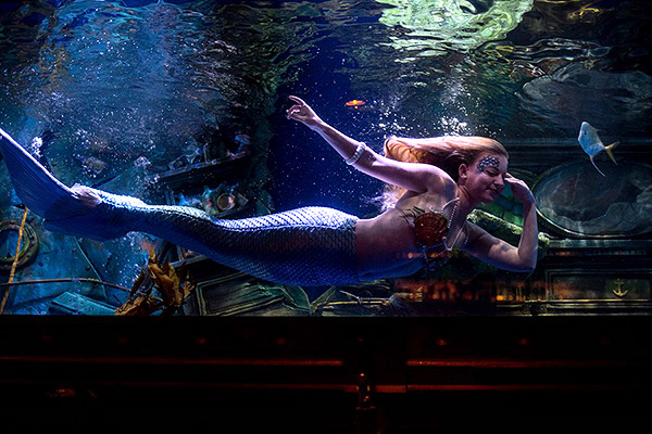 Mermaids, film, image,
