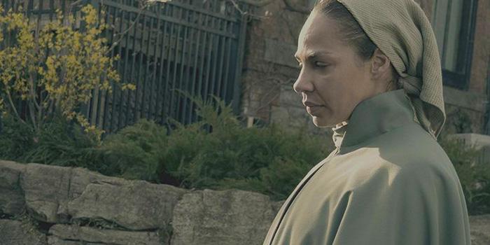 Amanda Brugel, The Handmaid's Tale, image,