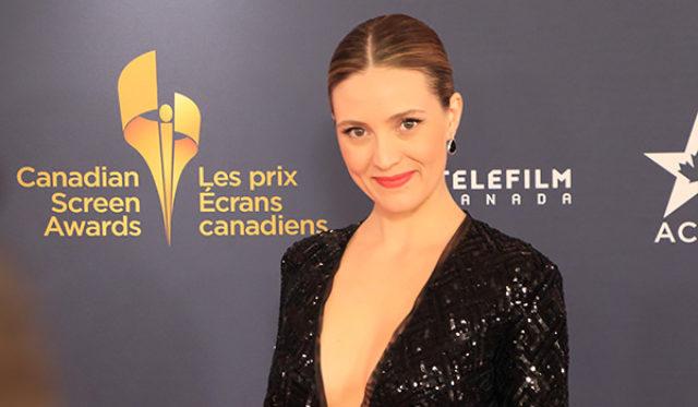 Evelyne Brochu, actress, photo,