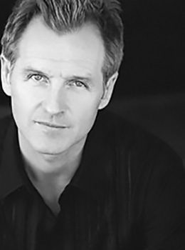 Andrew Airlee, actor,
