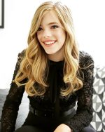 Elle McKinnon, actress,