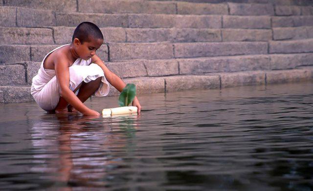 Deepa Mehta Completes Water, image,