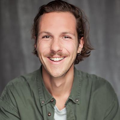 Joakim Robillard, actor,